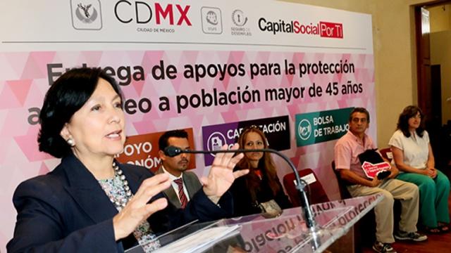 FOTO_AMALIA_GARCIA_MEDINA_Entrega de Tarjetas del Seguro de Desempleo_09092016_PORTADA_02_.jpg