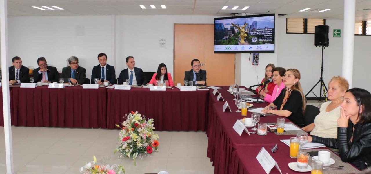 Mesa de diálogo sector empresarial 11072019- 15.jpeg